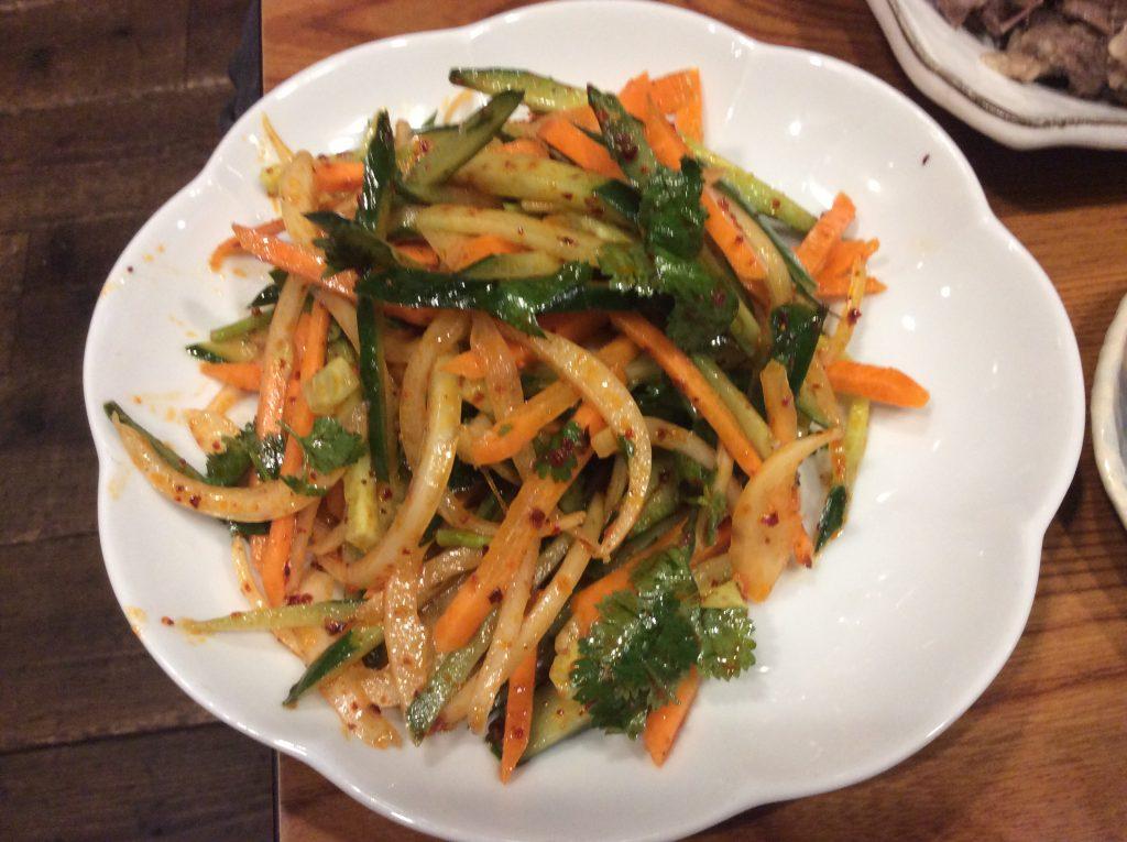 モンゴル サラダ
